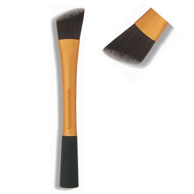 real-techniques-foundation-brush.jpg