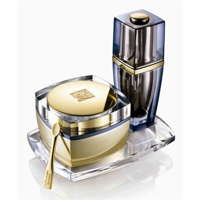 estee-lauder-re-nutriv-re-creationeye-balm-night-serum-for-eyes.jpg