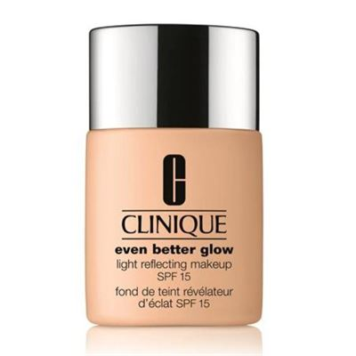 clinique-even-better-glow-makeup-fondoten-spf-15---10-alabaster2.jpg