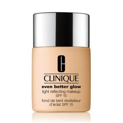 clinique-even-better-glow-makeup-fondoten-spf-15---12-meringue23.jpg
