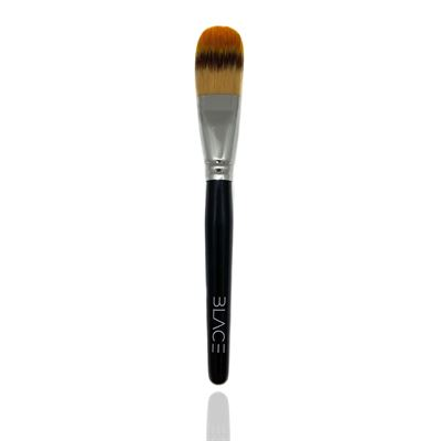 blace-foundation-brush.jpg